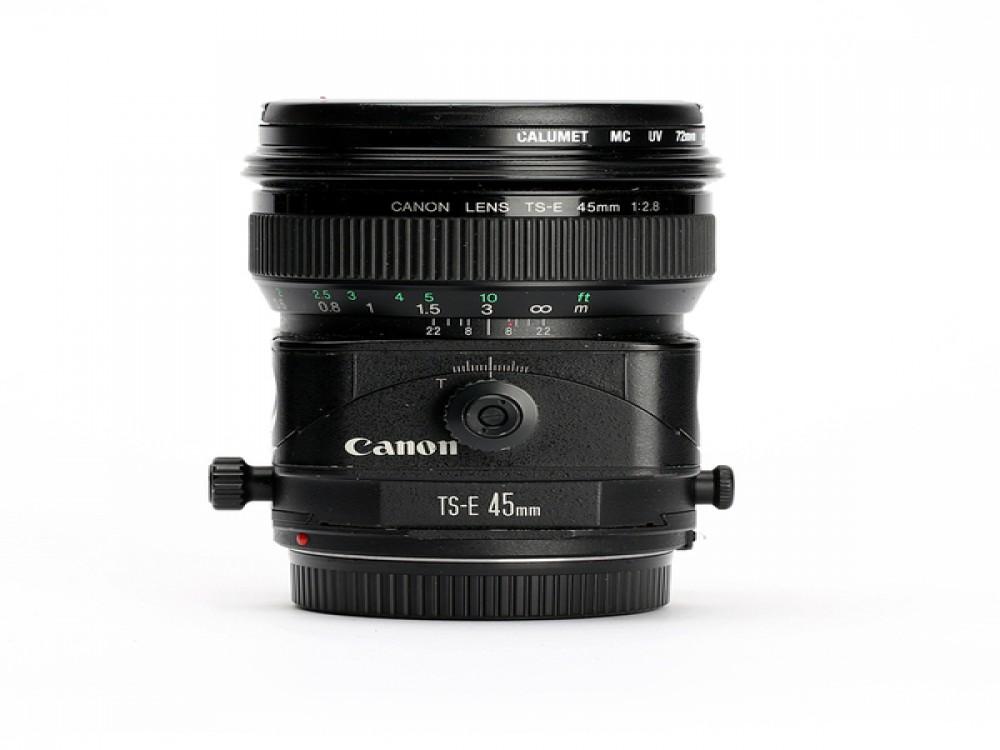Canon TS-E 45mm f/2.8 Tilt and Shift