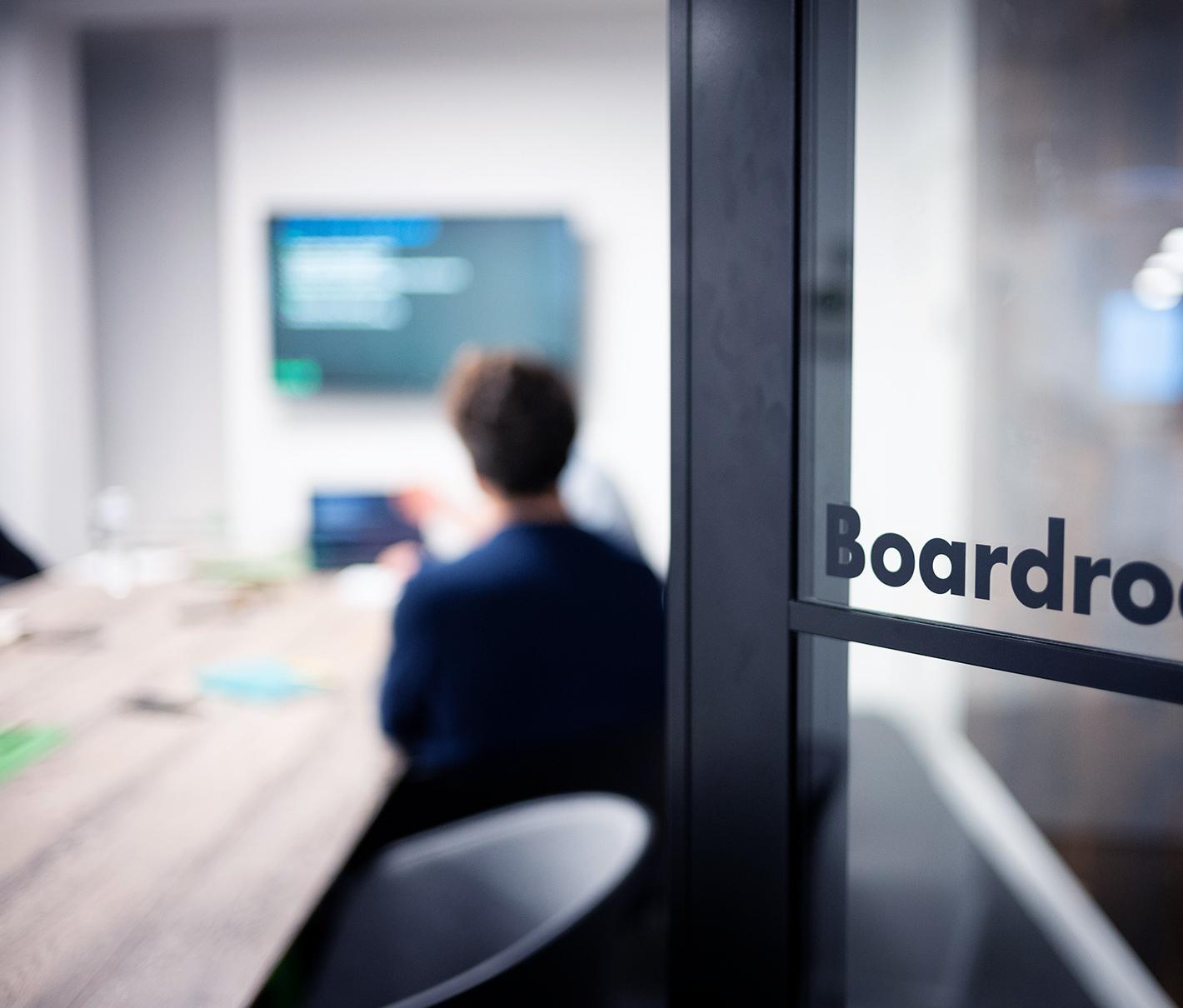 Homepage boardroom