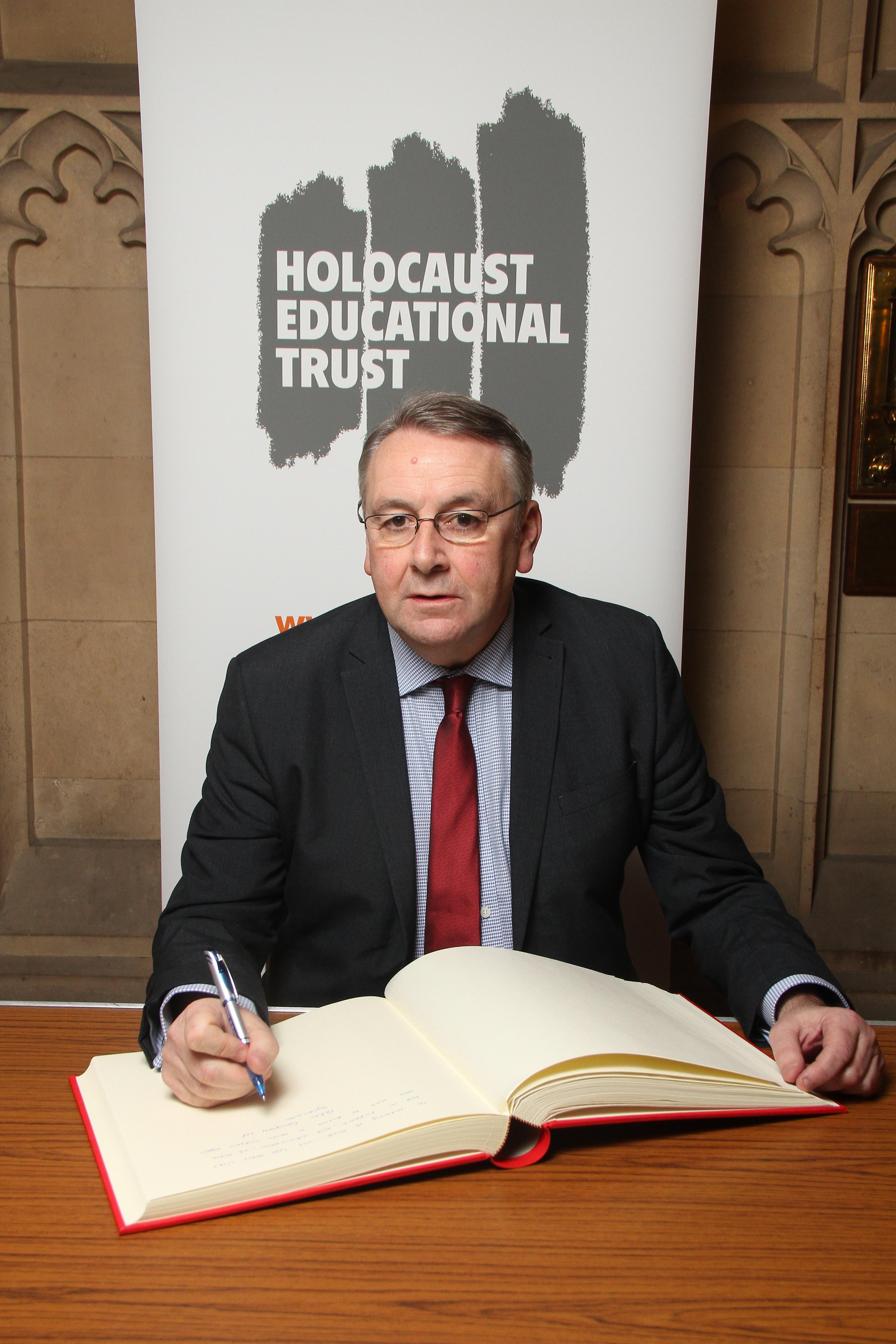 Alan_Holocaust_Memorial_Day_27_Jan.jpg