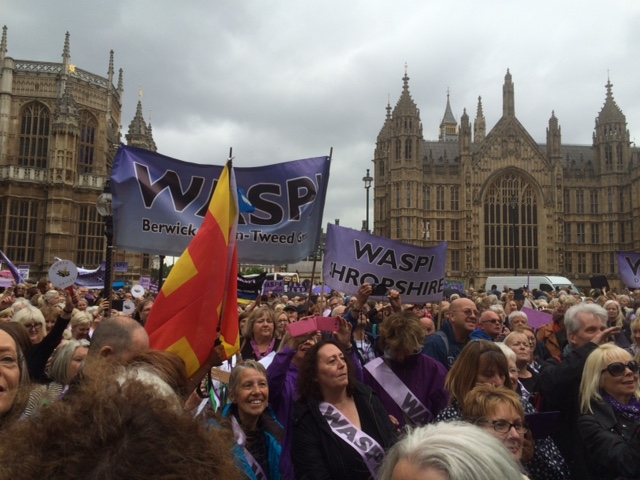 160629_BK_WASPI_demo_crowd_2.jpg