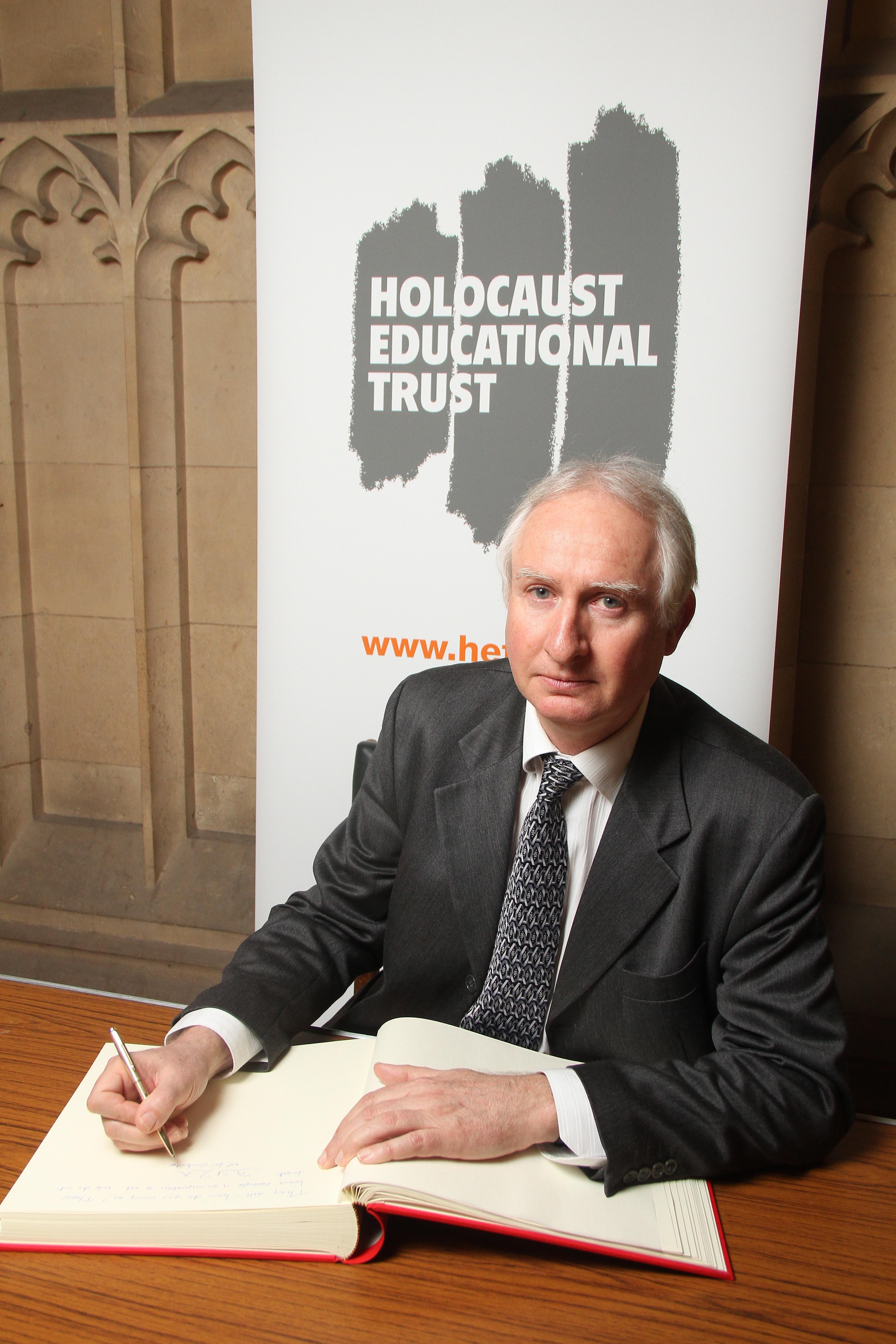 DZ_Holocaust_Trust.jpg