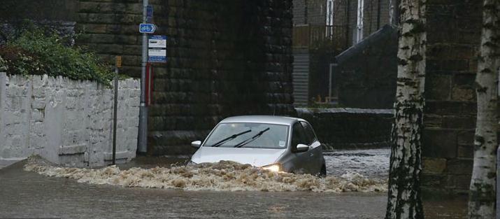 Flooding_in_Calder_Valley.png