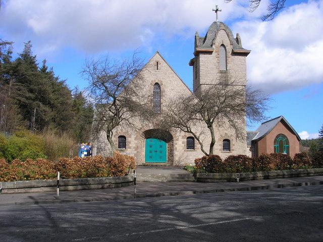 Fairmilehead_church.jpg