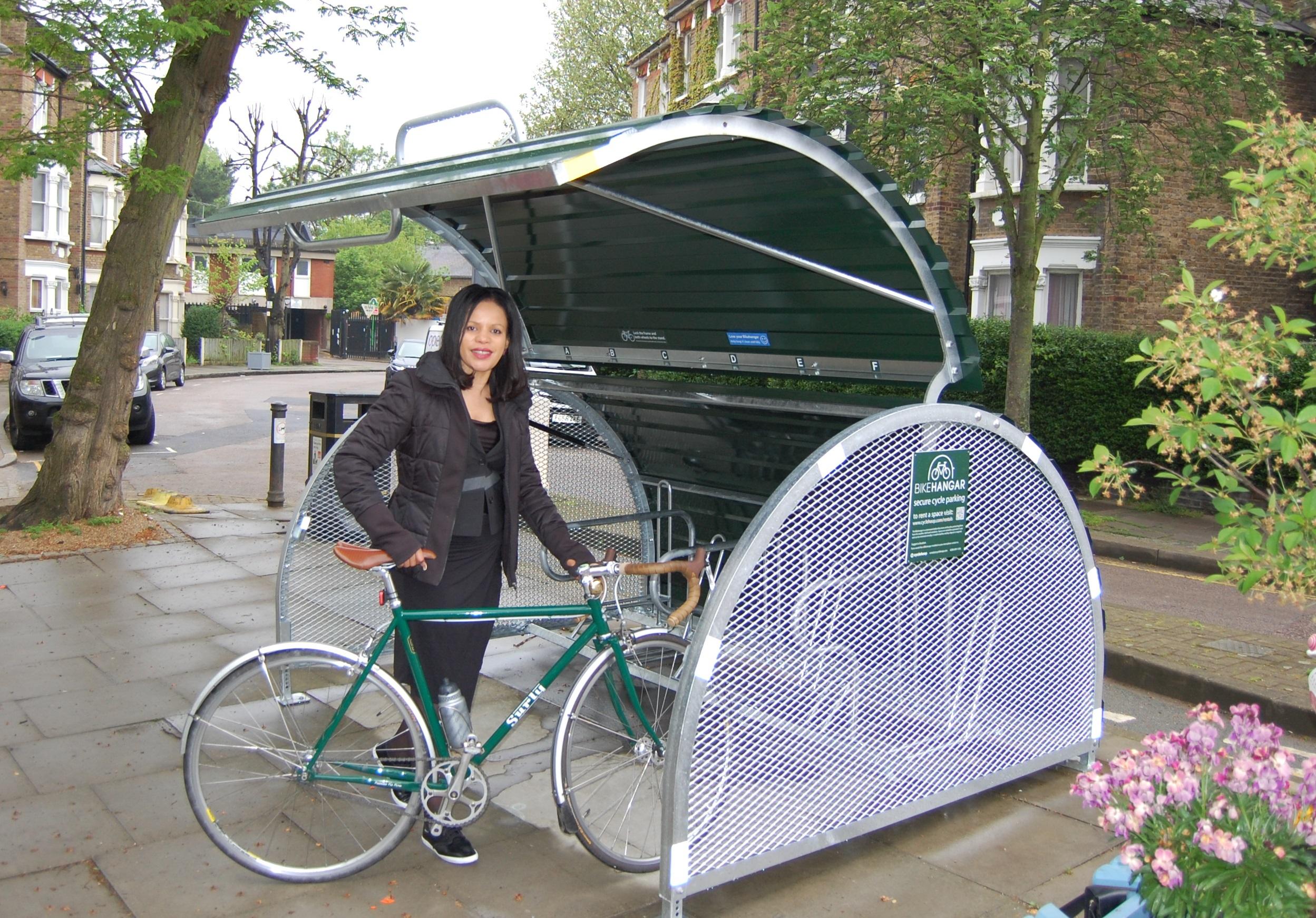 Bikehangar_Cllr_Webbe_Crayford_Rd_N7_1_CROP.jpg