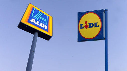 7310561-aldi-lidl-shop-signs-rex.jpg