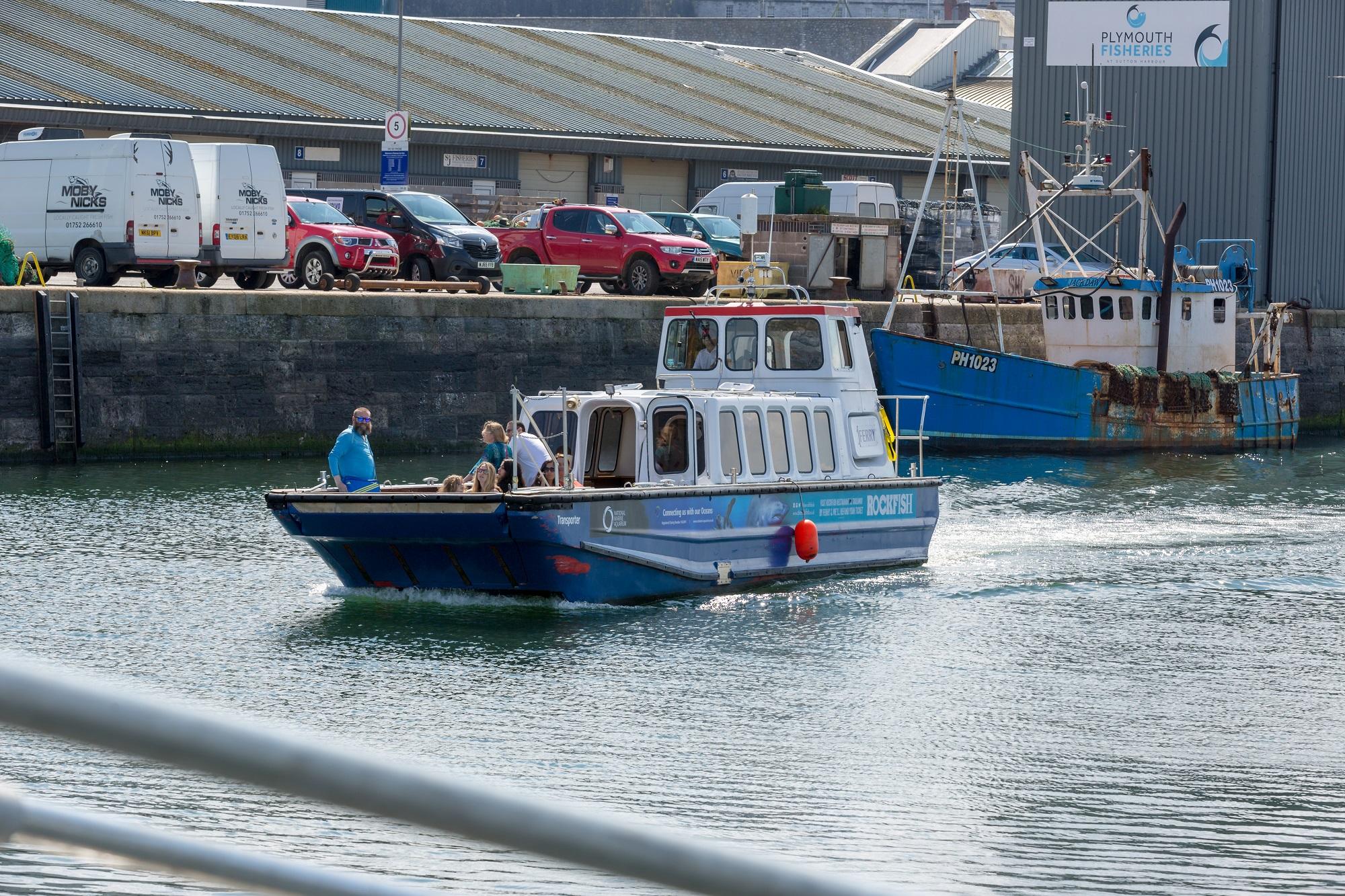 Sutton_Harbour_Ferry.2.jpg