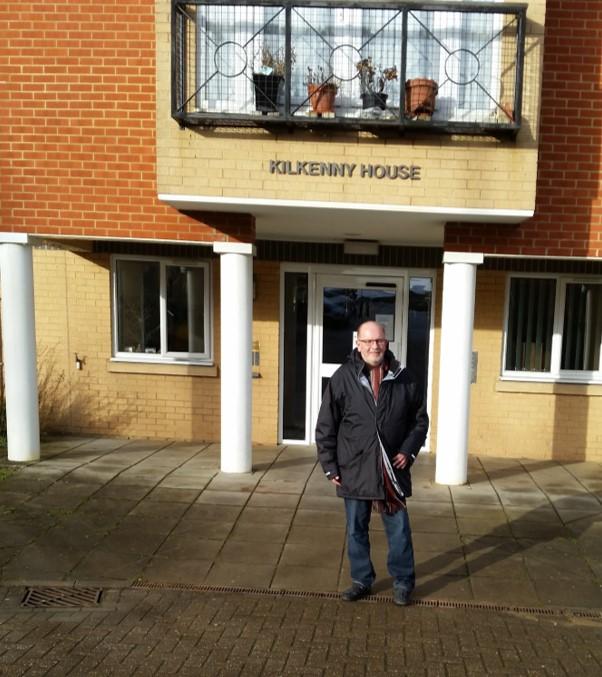 Cllr_Long_outside_Kilkenny_House_2.jpg