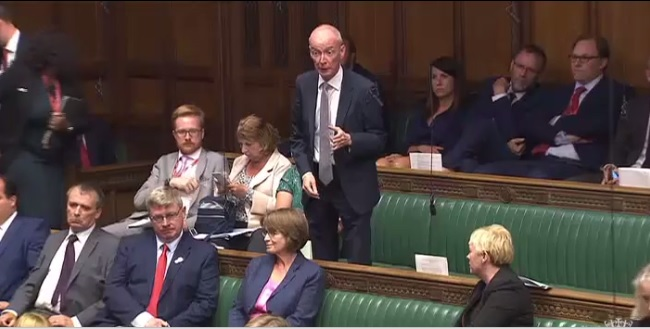Pat_asking_question_in_Parliament_05_09_2017.jpg