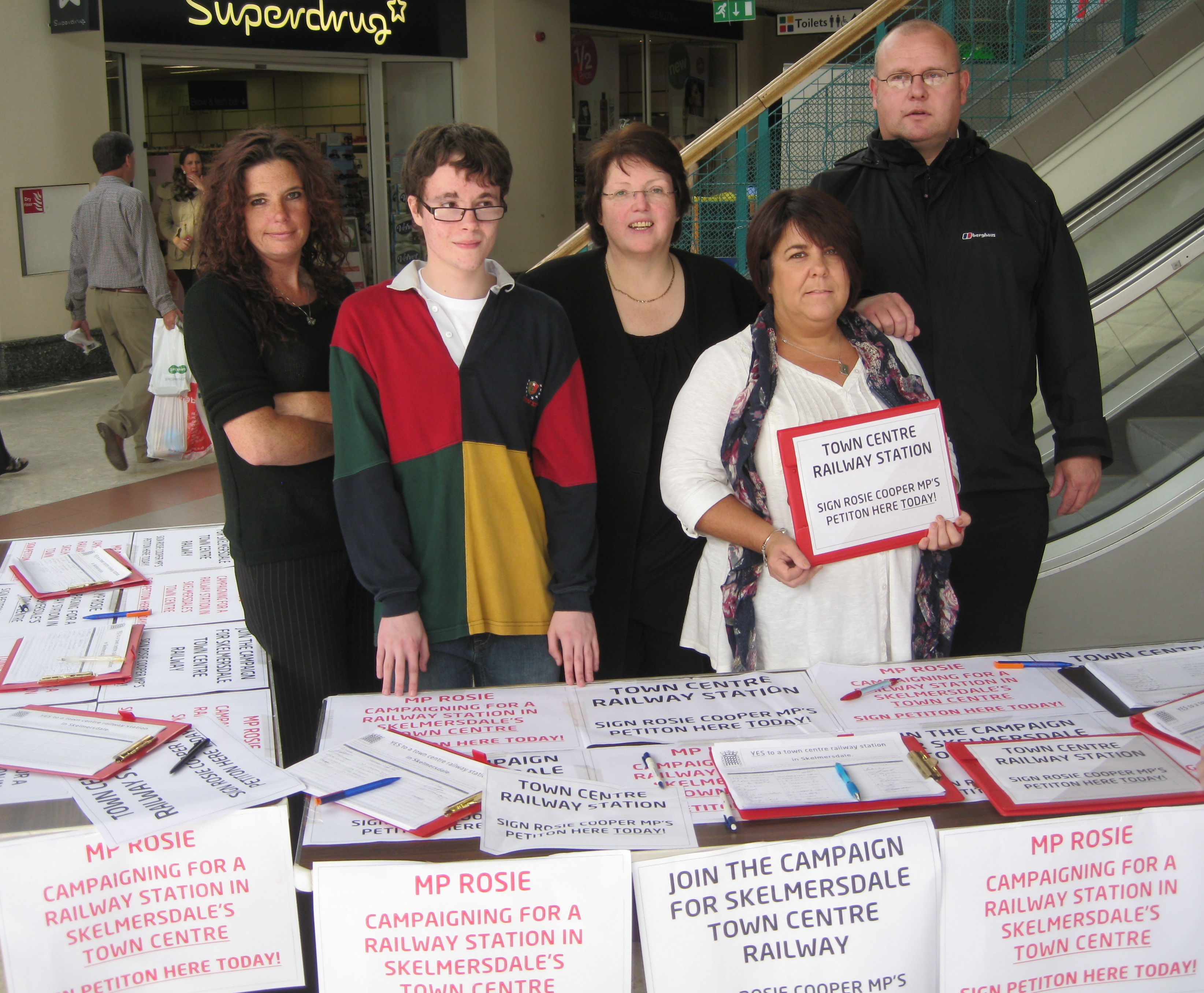 2012.09.15_RC_Skelmersdale_Railway_Petition_Street_Stall.JPG