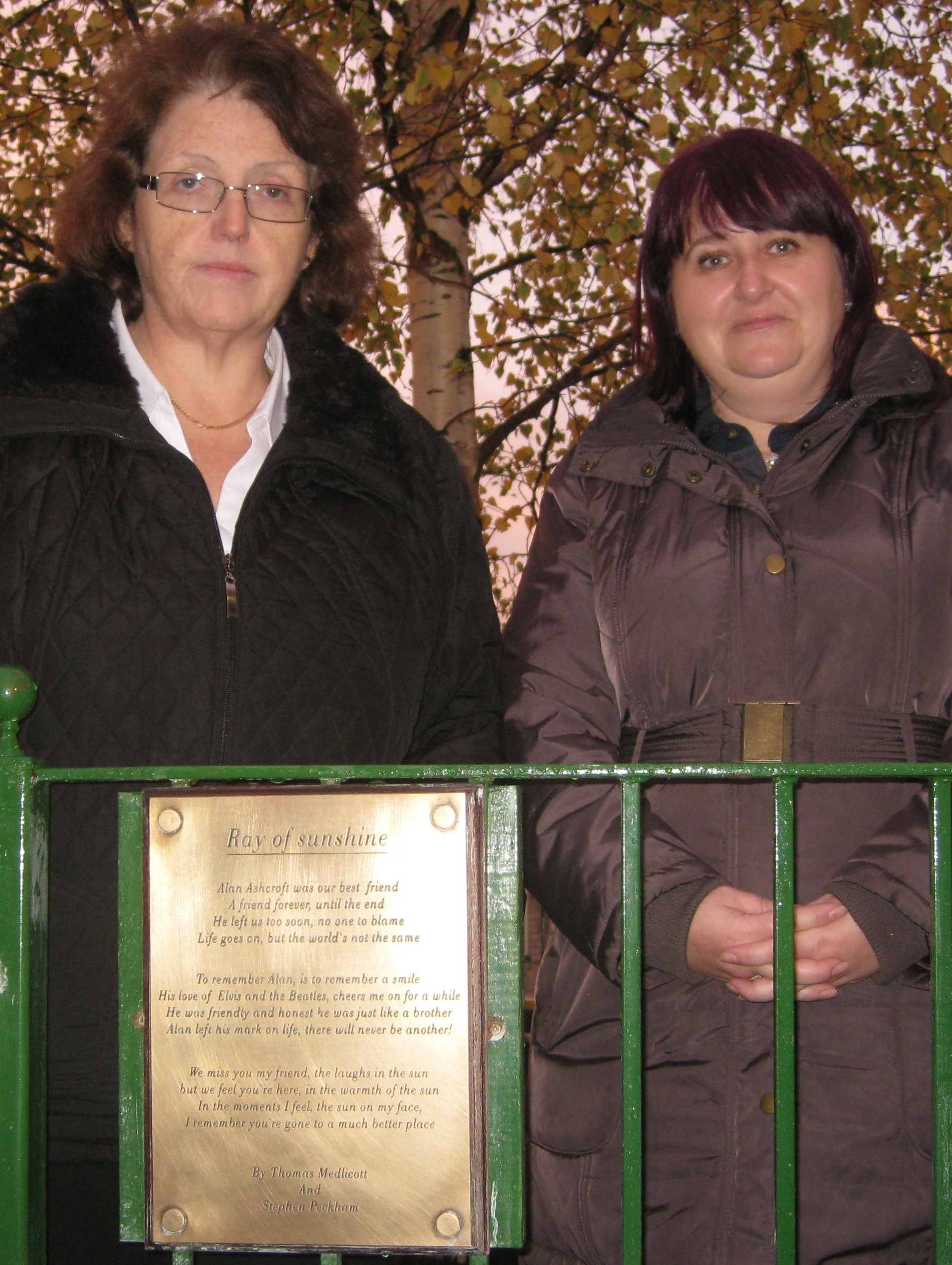 Rosie_Cooper_MP_with_Jackie_Aschcroft_at_the_remembrance_garden.jpg