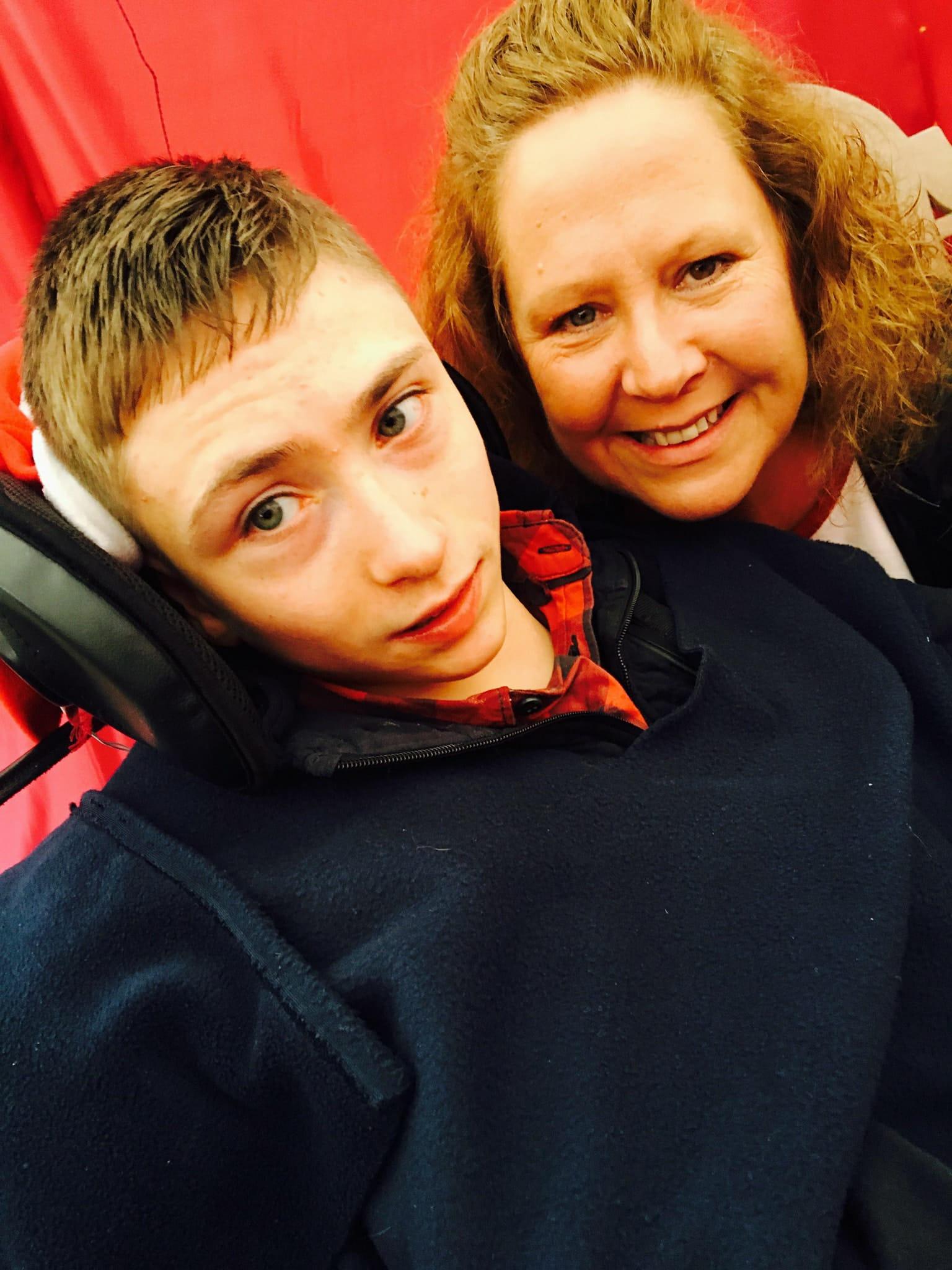 Amanda_Danby_and_son_Mason