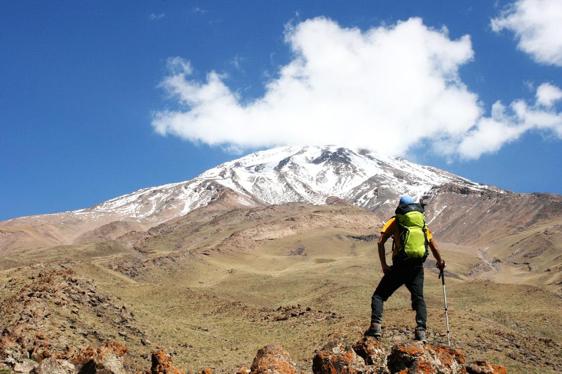 Man trekking Iran's Highest Peak