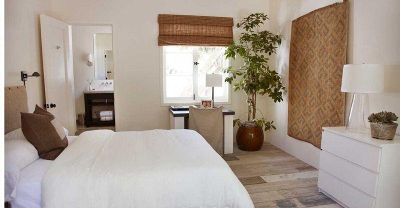 Bedroom at Nature Luxury Health Retreat