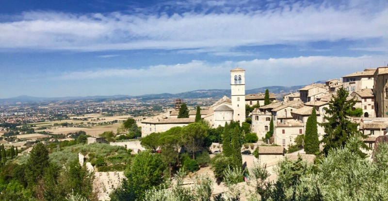 Town of Assisi, Meditation retreat