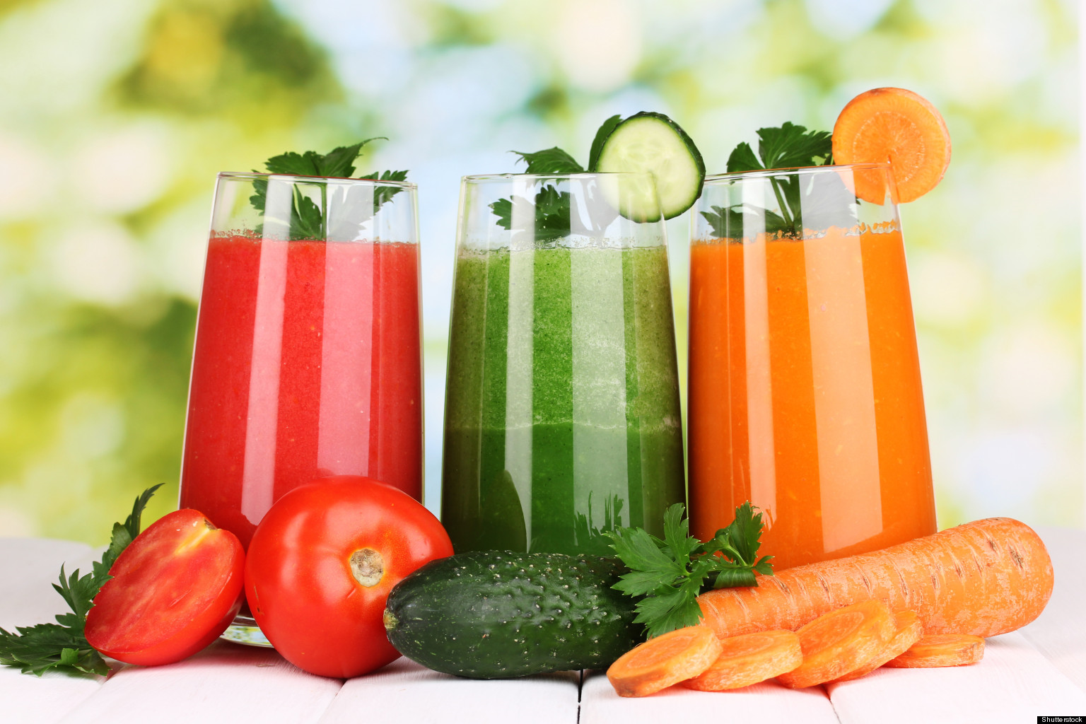 Raw juices with vegetabkes at Raw food yoga Cleanse Spain