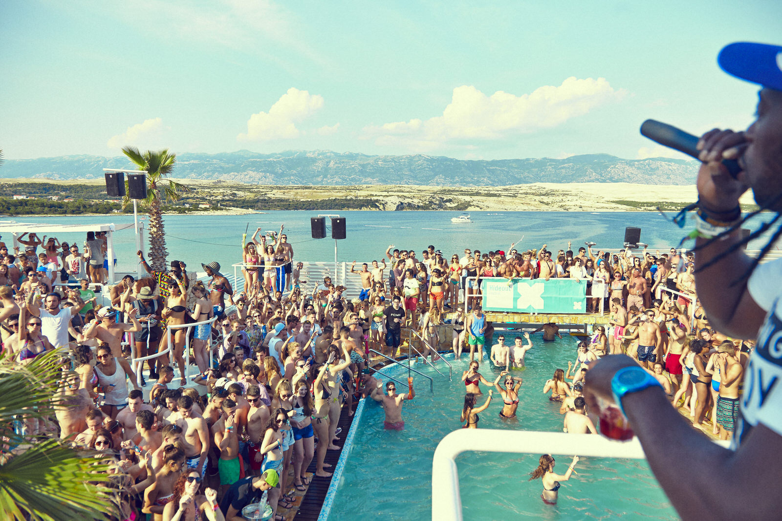 Pool party on Obonjan Island