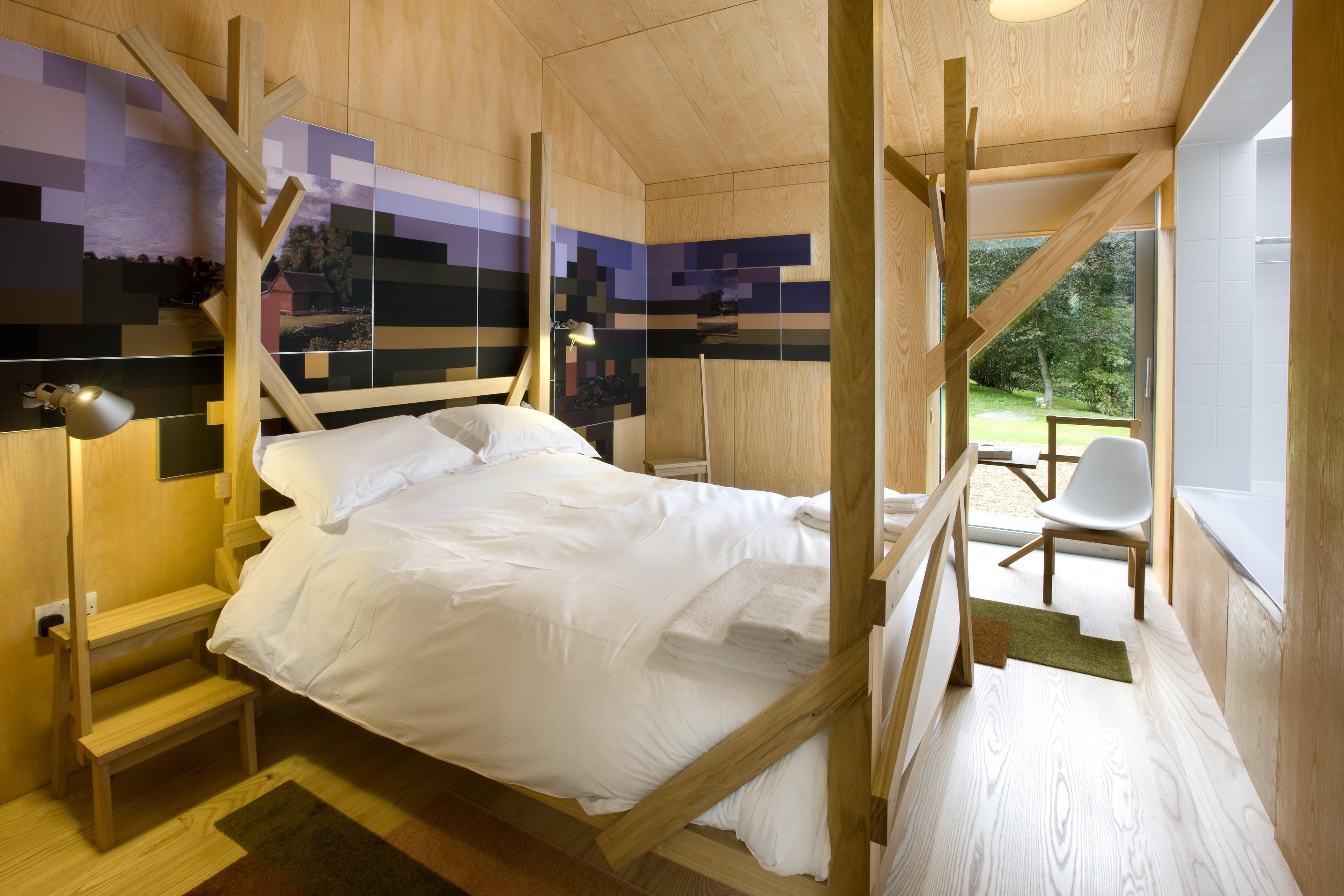 The Balancing Barn bedroom