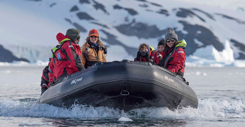 guests on rob boat on antarctica photography tour