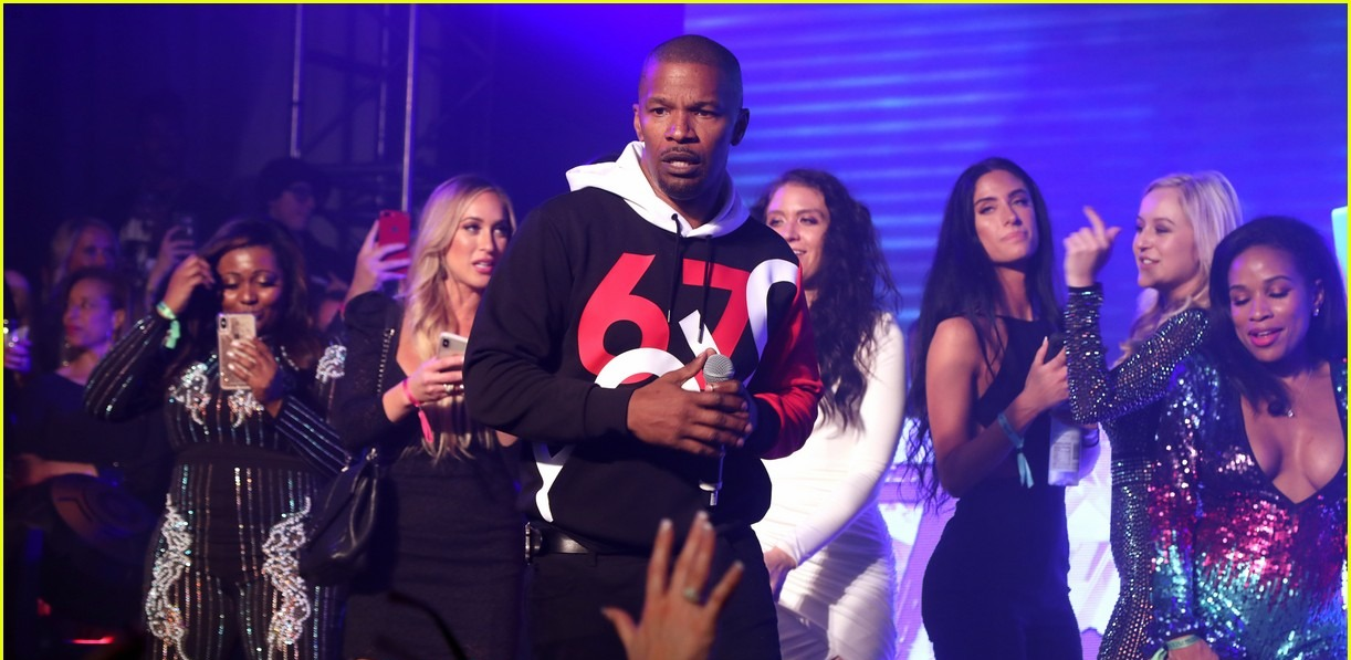 jamie foxx partying at maxim super bowl party