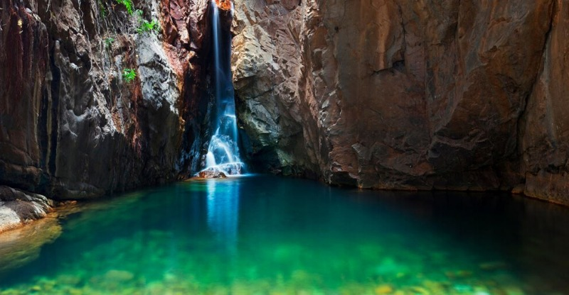 beautiful waterfall and pool at el questro wilderness park