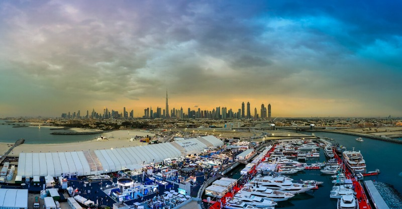 Dubai boat show panoramic overlooking the city