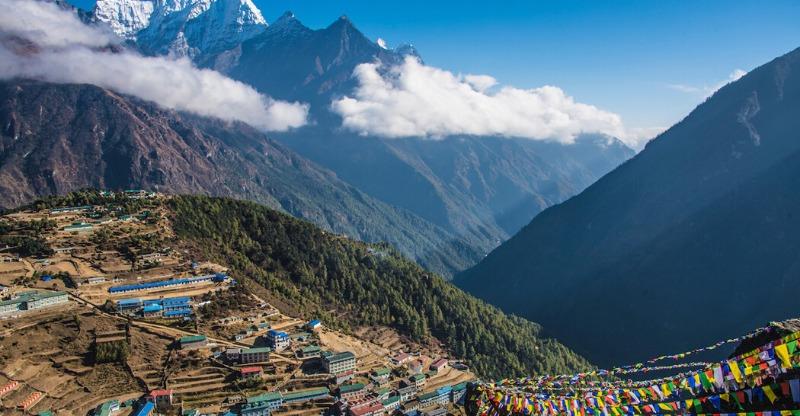 Sun shining down on the Everest Base Camp Trek