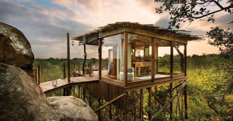Sunset facing Treehouse Penthouse and African Safari