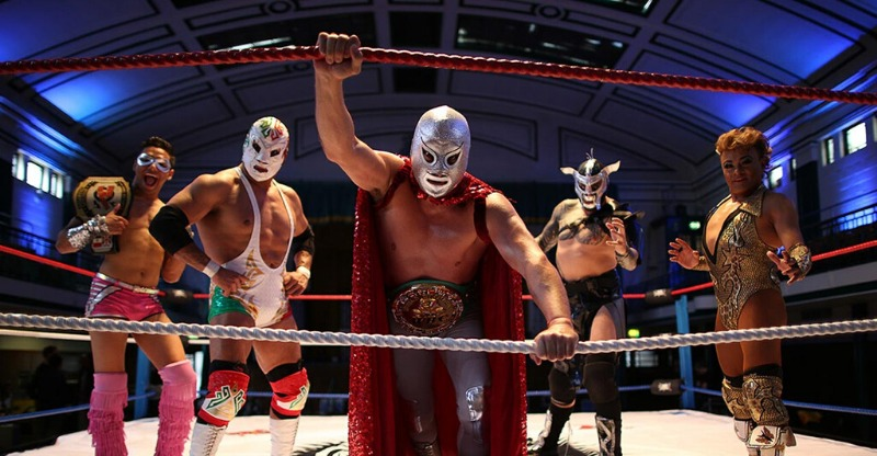 Lucha Libre Mexican Wrestling group ringside