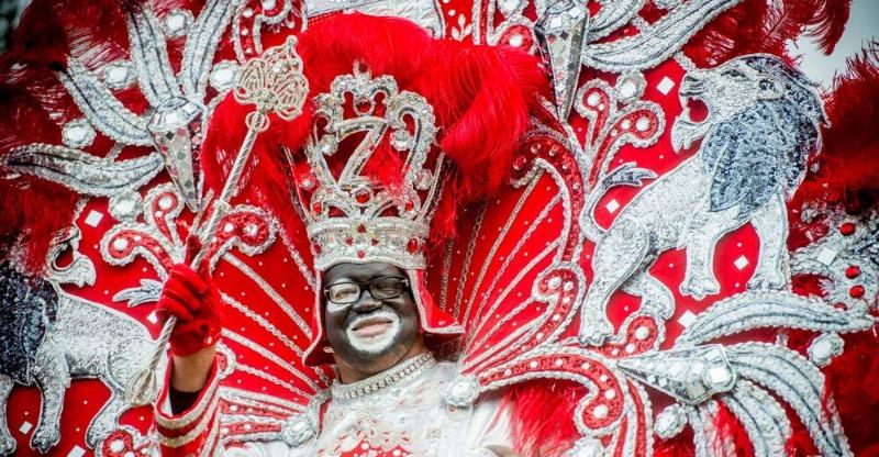 New Orleans Mardi Gras parade performer