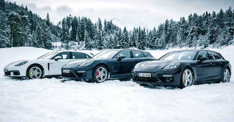 Three porsches lined up in the snow