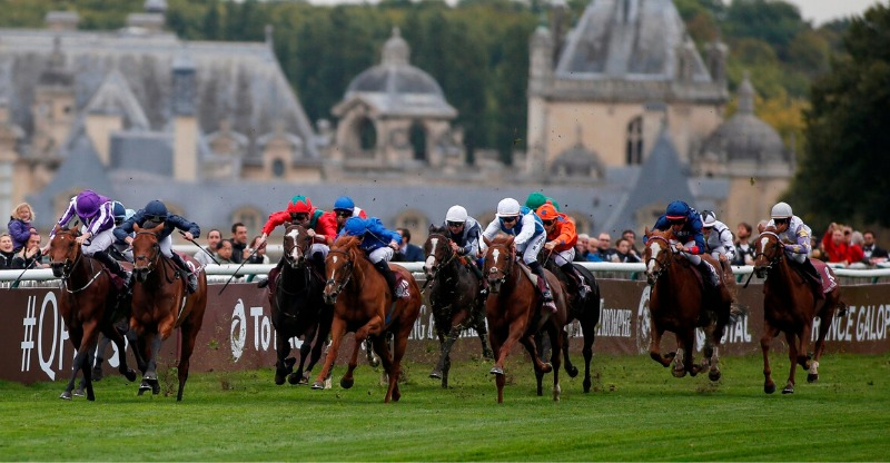 Mid race at the Prix de l'Arc de Triomphe
