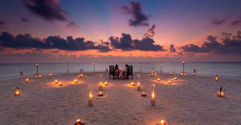 Private Sandbank Dining, Maldives