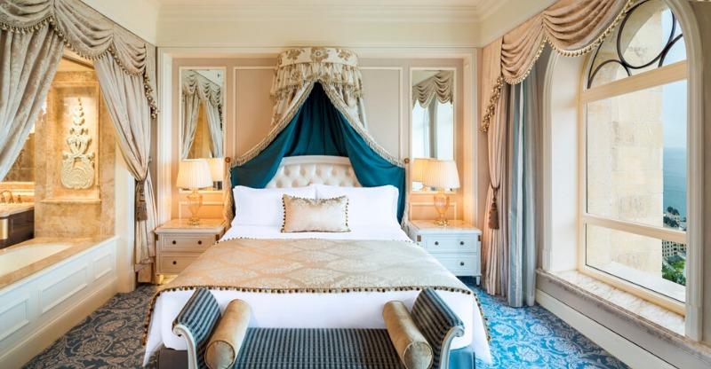 Sleep in a Chinese Fairytale Castle bedroom suite