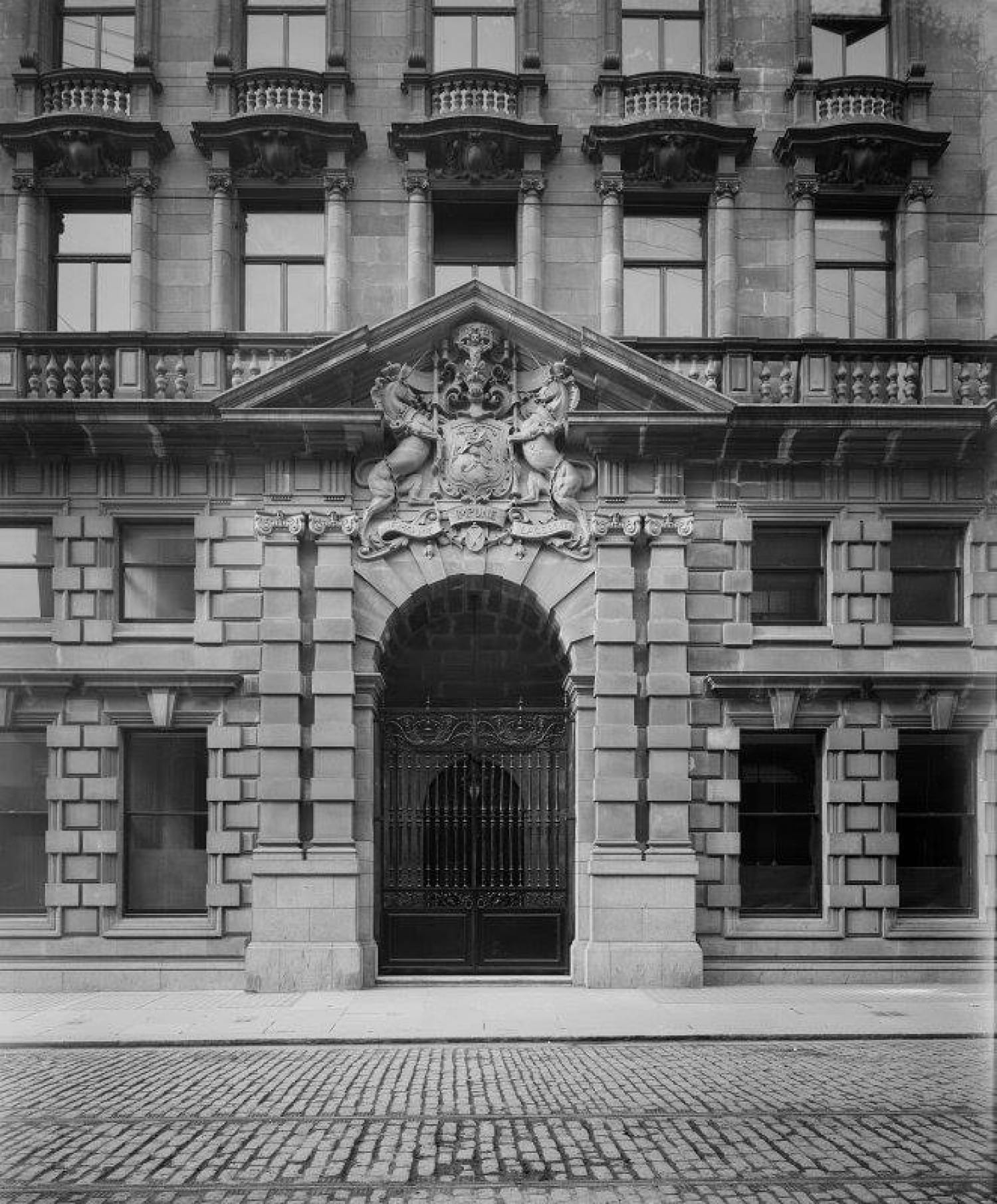 Now that's what you call an entrance. RCAHMS