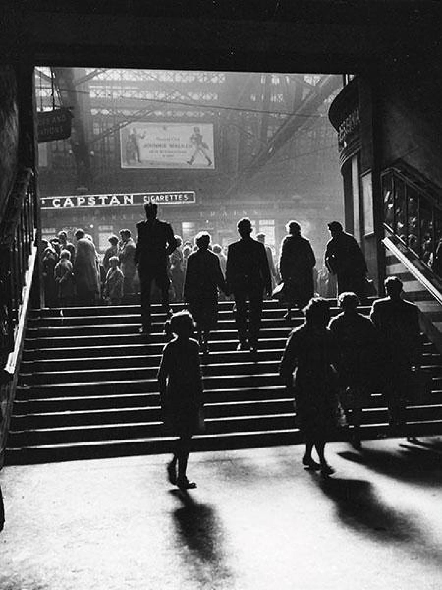 The Union Street steps at Central, 1960 (Herald and Times Group)