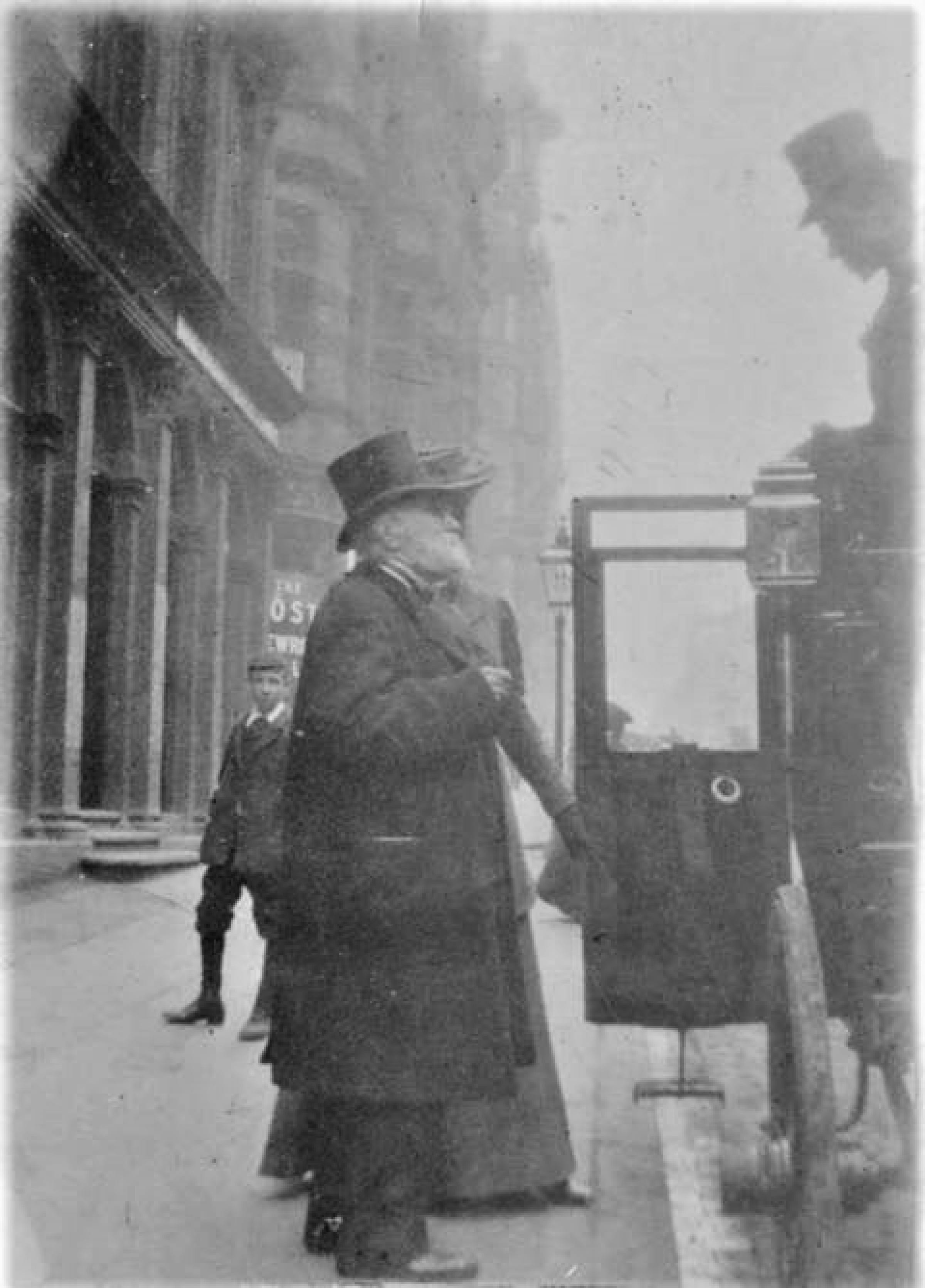 The ghosts of Hope Street (Shipping boss David MacBrayne steps into his carriage outside his Hope Street HQ (Picture: John Kemplen))