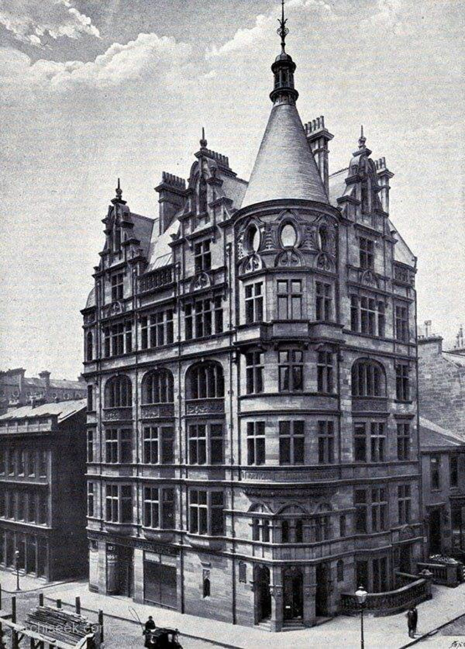 The MacBrayne offices, bottom left, and the magnificent Norwich Union Insurance building (Picture: Archiseek)