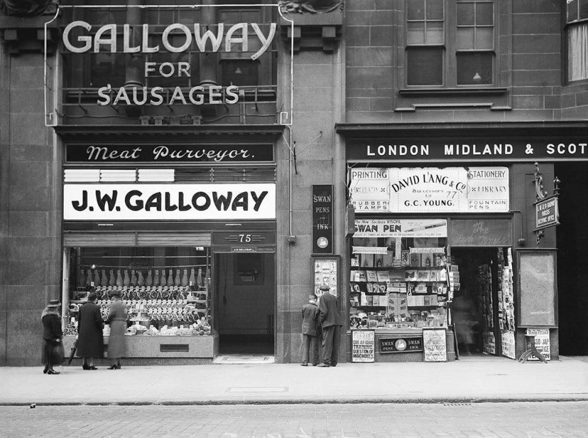 Bangers and cash (Galloway the butchers, Union Street, 1938 (Glasgow City Archives))