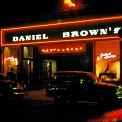 The thirst of many (Neon nights - Danny Brown's, in St Vincent Street, in 1961 (Picture: doveson2002))