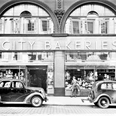 Friday treat at the City Bakeries (Mitchell Library)