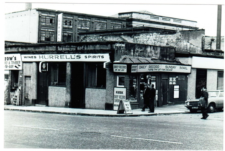 Hurrell's Bar, Gallowgate,and the coffin kiosk on McFarlane Street.