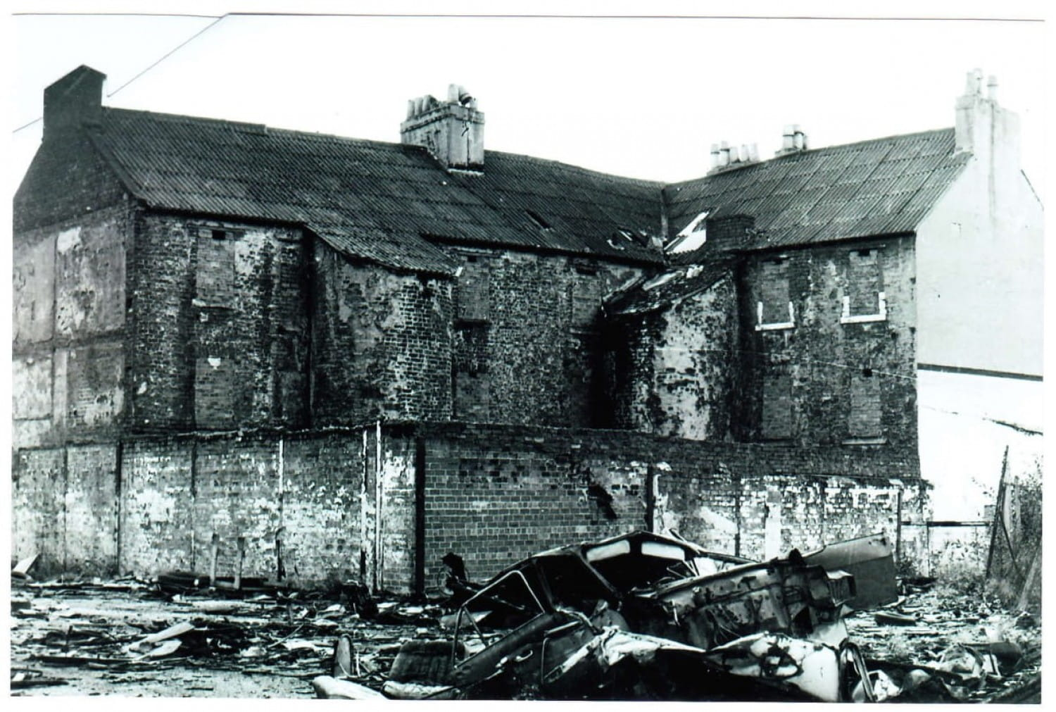 Rear of tenement at Orr Street/Crownpoint Road.