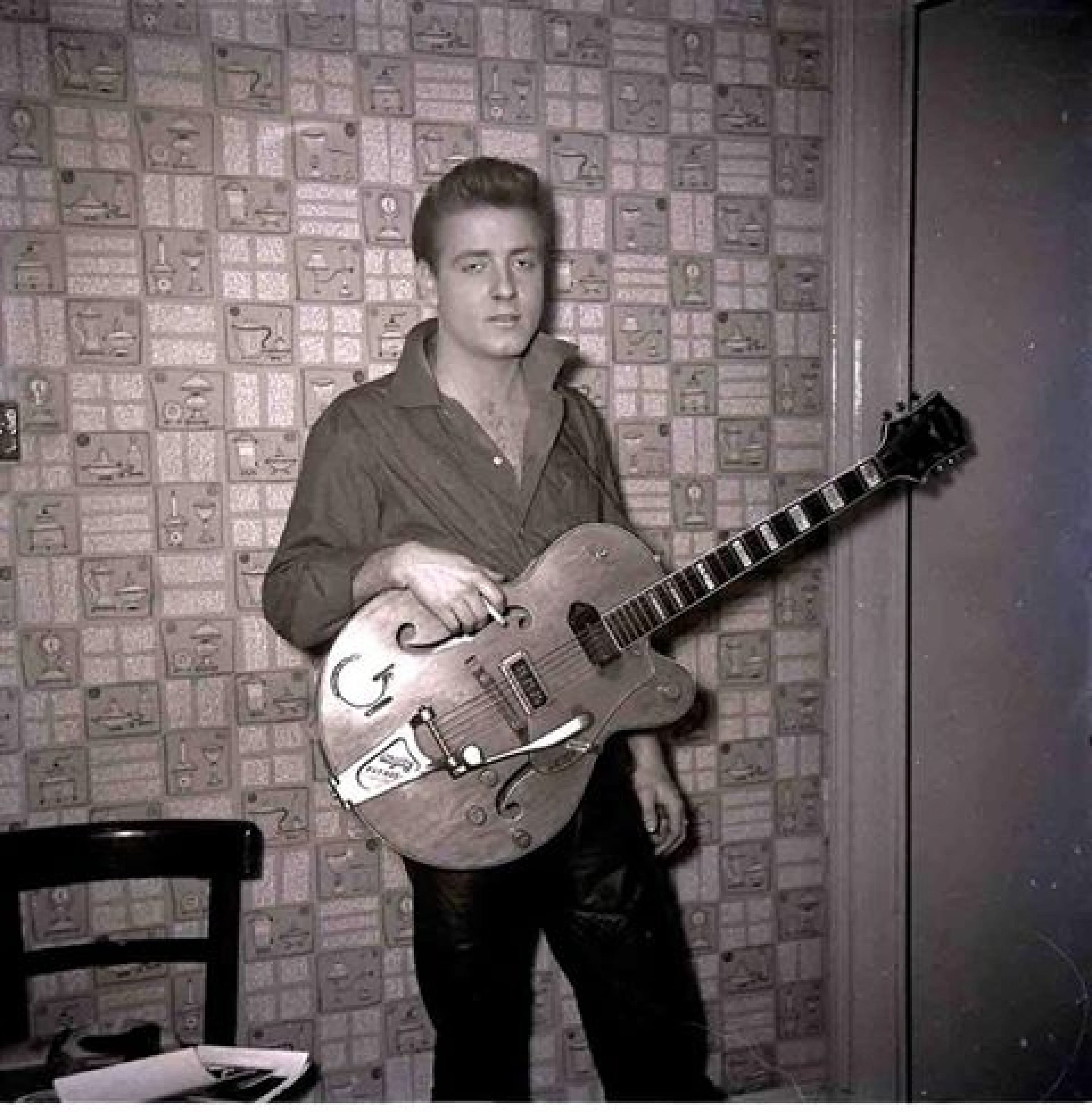 C'mon everybody! (Eddie Cochran backstage at the Glasgow Empire, in 1960 (Picture: Bob McLeod))