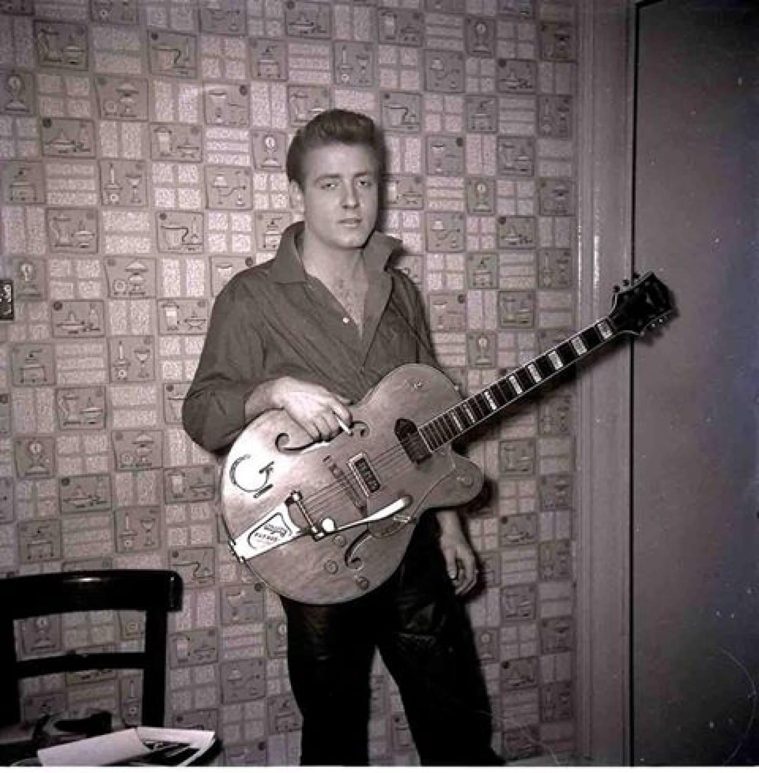 Eddie Cochran backstage at the Glasgow Empire, in 1960 (Picture: Bob McLeod)