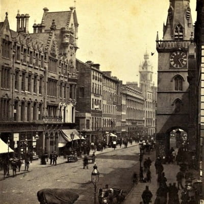 Time travelling at the Tron (Trongate, c. 1865, by George Washington Wilson)