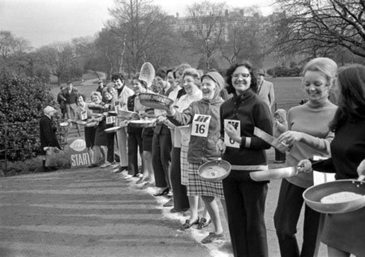 Top tossers, take your marks! (Pancake racers on the start line, Kelvingrove Park, 1971 (Picture: TSPL))