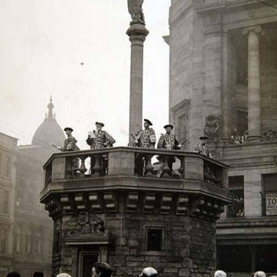 A mythical moment (The inauguration of Glasgow's new Mercat Cross, in 1930 (Picture: Newsquest Media Group))