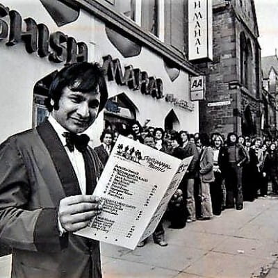 Shish! - I'm missing my curry fix (Ali Ahmed Aslam welcomes diners to the Shish-Mahal's 15th birthday, in 1979 (Picture: Newsquest Media Group))