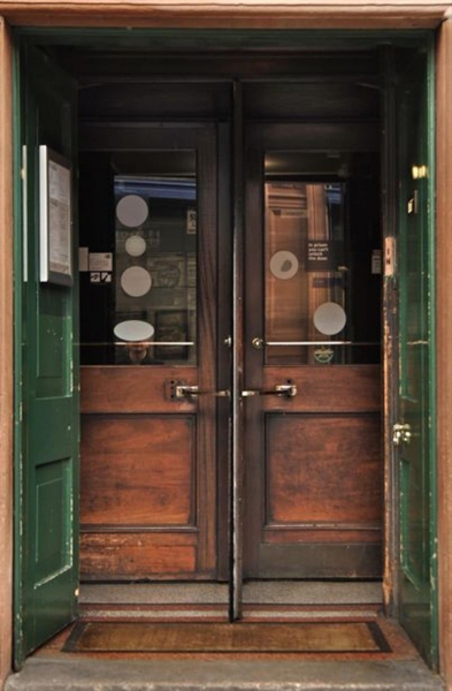 The old door, at Cafe Gandolfi