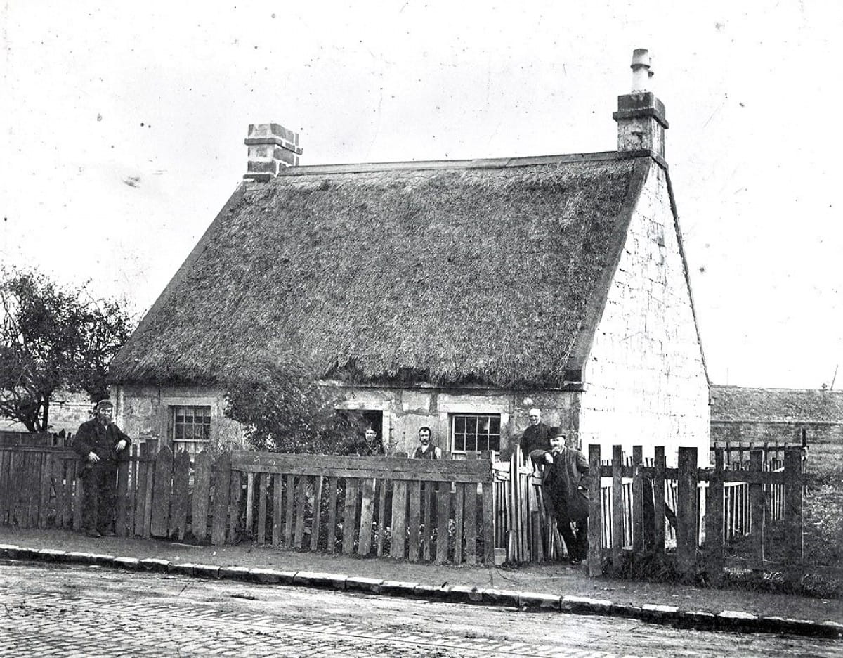 Last orders! (Granny Gibb's Inn, Thornwood, photographed in 1894, by William Ferguson (Glasgow Museums))